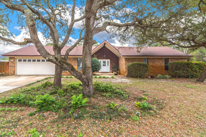 11 MARINERS LANE MARY ESTHER FL