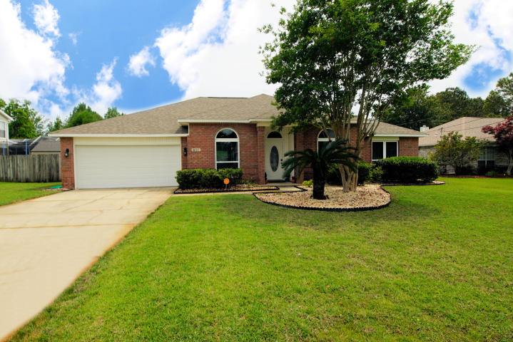 811 LINDA DRIVE MARY ESTHER FL