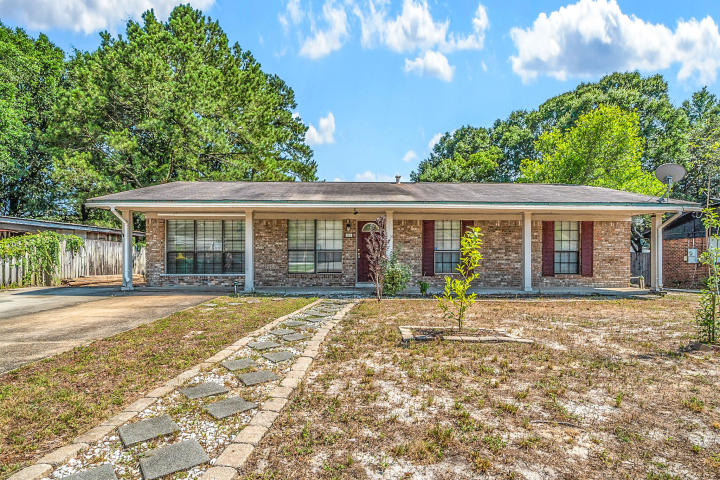 161 MARCIA DRIVE MARY ESTHER FL