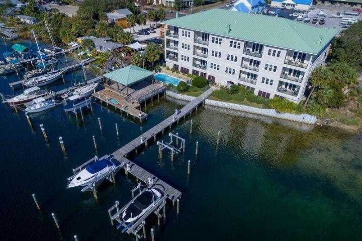 602 HARBOR BOULEVARD UNIT 202 DESTIN FL