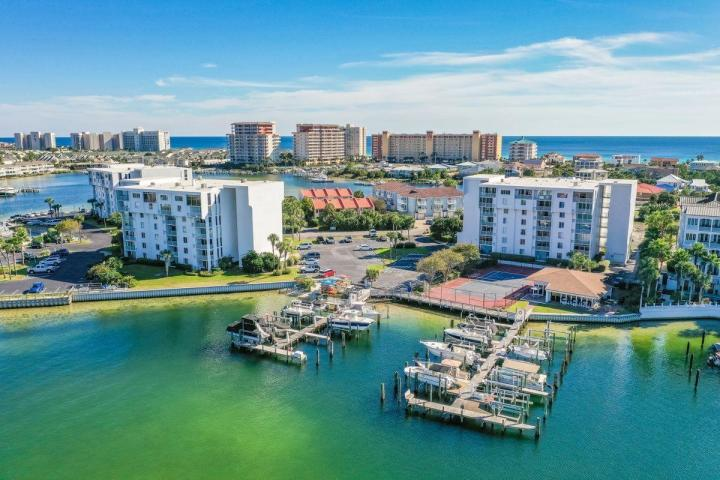 30 MORENO POINT ROAD UNIT 106A DESTIN FL