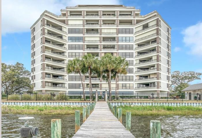 200 MIRACLE STRIP PARKWAY SW UNIT 702 FORT WALTON BEACH FL