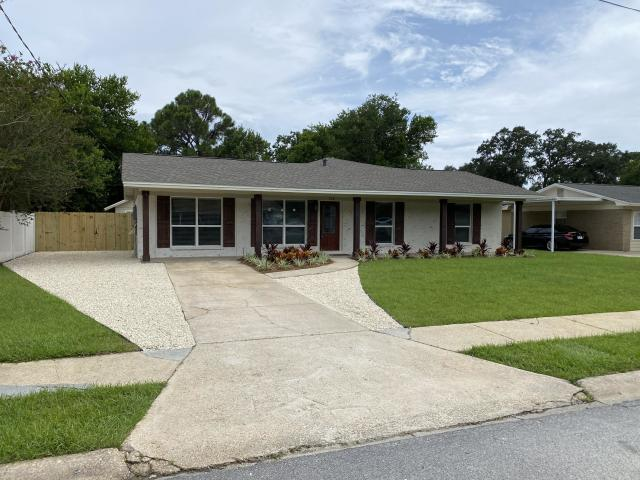 708 MARCIA CIRCLE MARY ESTHER FL