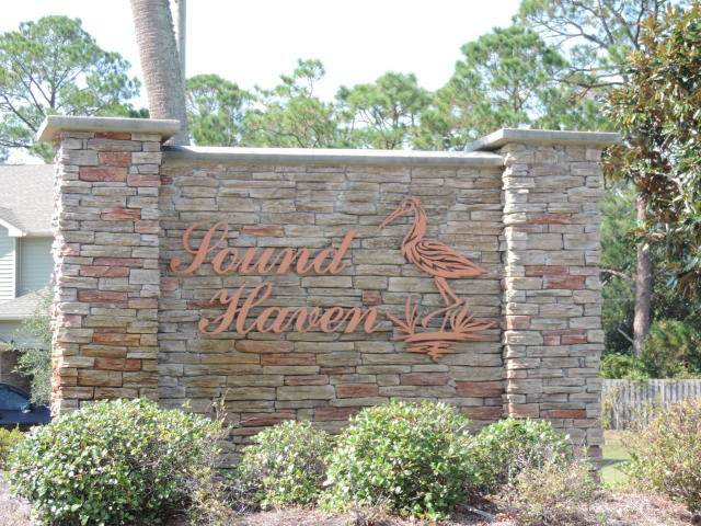 1723 SOUND HAVEN COURT NAVARRE FL