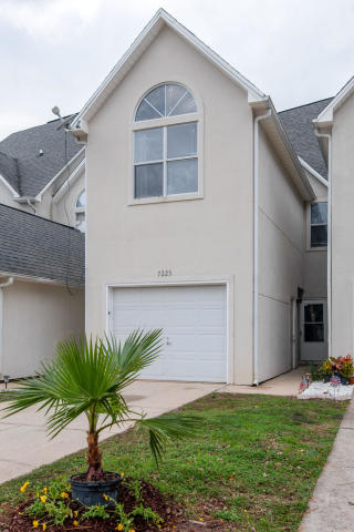 7225 CROWN COURT NAVARRE FL