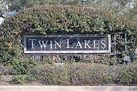 409 TWIN LAKES LANE DESTIN FL