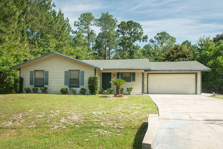 207 LAKEVIEW STREET MARY ESTHER FL